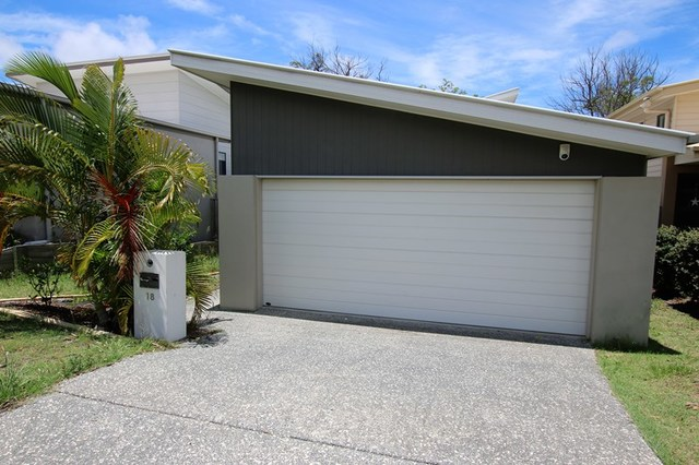 18 Stratus Lane, Coomera QLD 4209