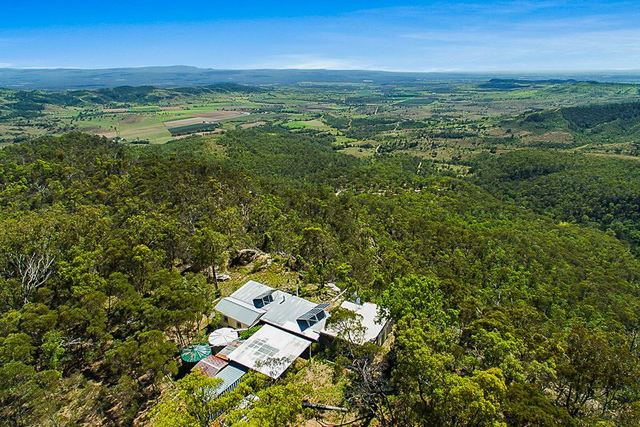 260 Egert Road, Stockyard QLD 4344