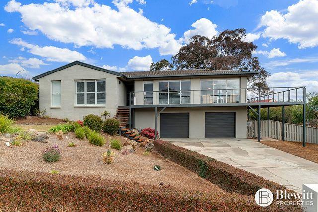17 Jacaranda Drive, Jerrabomberra NSW 2619