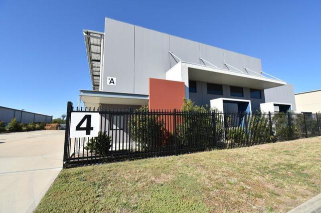 Unit 1/4 Metal Pit Drive, Mayfield West NSW 2304