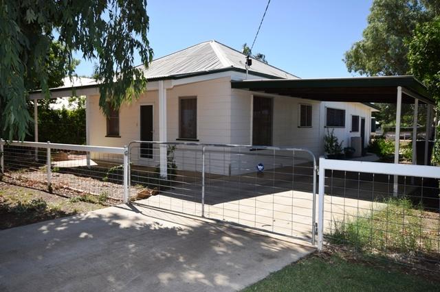 76 Cassowary Street, Longreach QLD 4730
