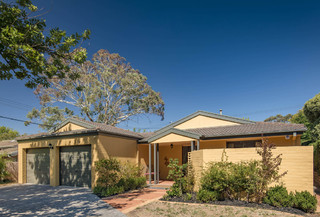 56 Finniss Crescent