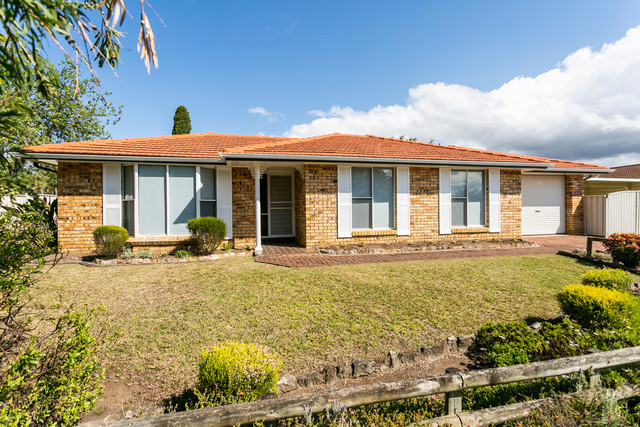 2 Aruda Place, Oak Flats NSW 2529