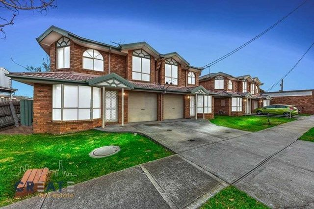 1-4/33A King Edward Ave, Albion VIC 3020