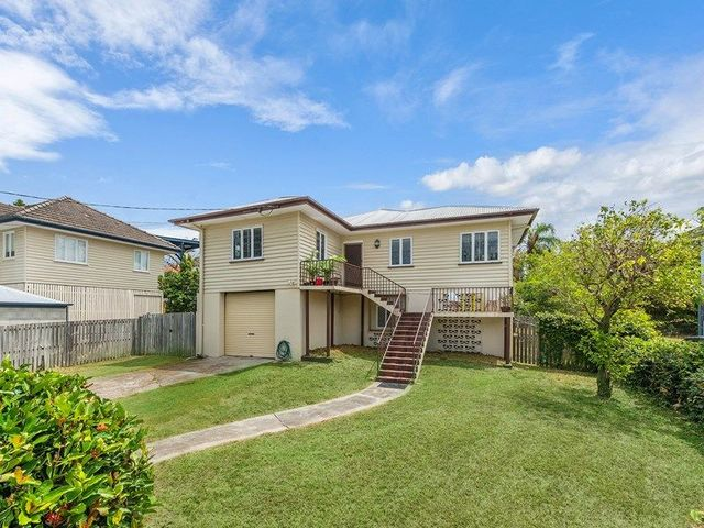 13 Noble Street, QLD 4051