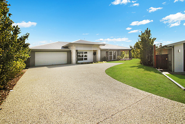 11 Radiata Place, Peregian Springs QLD 4573