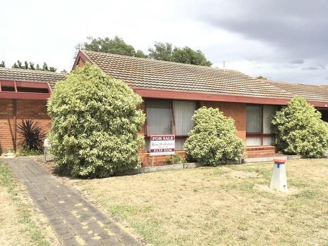 16 Cove Place, VIC 3840