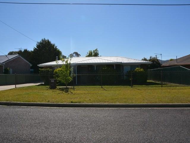 15 Recreation Crescent, Stanthorpe QLD 4380