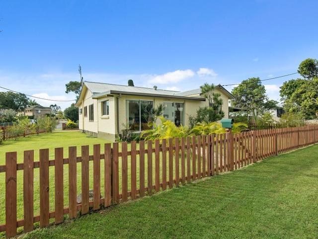 4 Agnes Street, Tweed Heads South NSW 2486