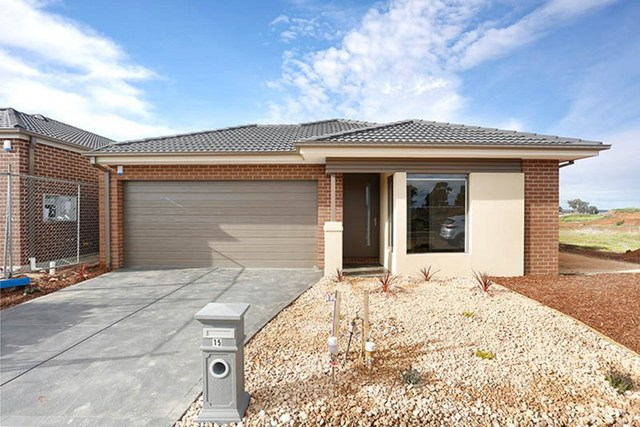 15 Parkinson Street, Melton South VIC 3338