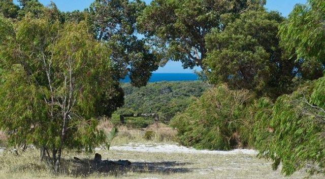 2 Sugarloaf  Road, Naturaliste WA 6281