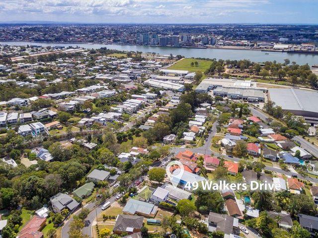 49 Walkers Drive, Balmoral QLD 4171