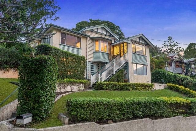 45 Lansdowne Street, Newmarket QLD 4051