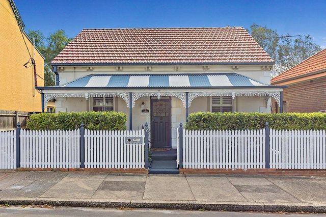 7 Lion Street, Croydon NSW 2132