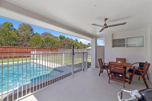 6 Russett Close, QLD 4551