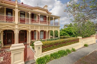 Gilberton real estate for sale allhomes for 3 edwin terrace gilberton