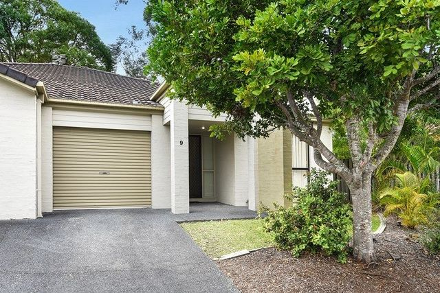 9/590 Pine Ridge Road, Coombabah QLD 4216
