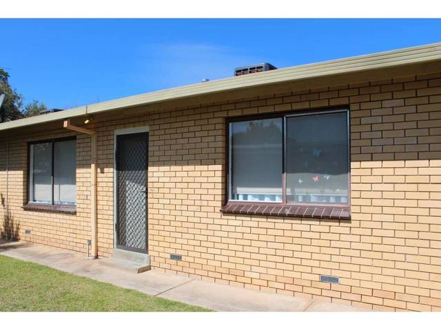 2/196 Plummer Street, South Albury NSW 2640