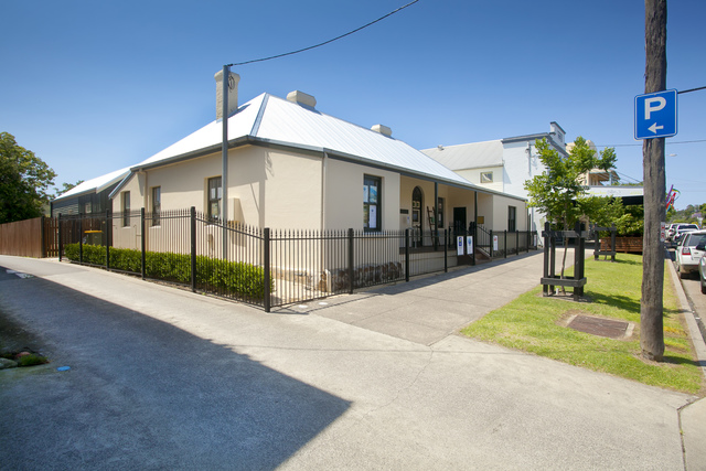 211 Dowling Street, Dungog NSW 2420