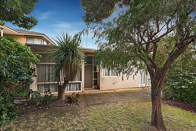 17 Wheeler Street, Pascoe Vale South VIC 3044