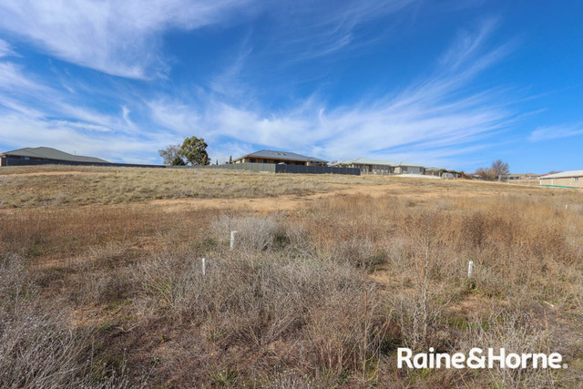35 Parer Road, NSW 2795