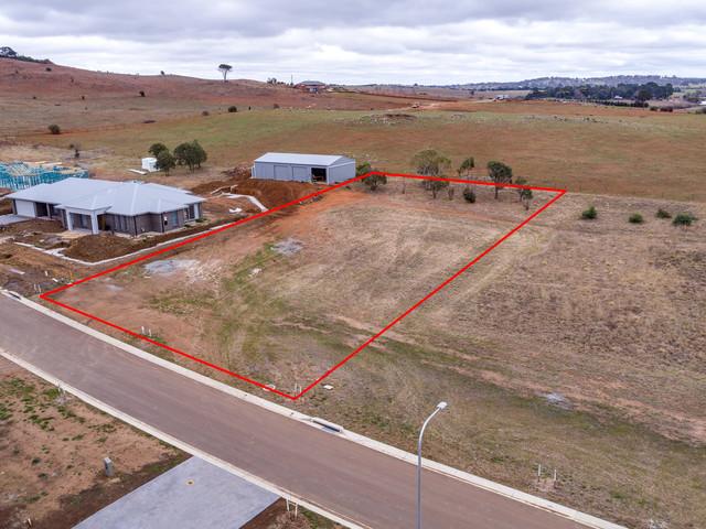 45 Platypus Circuit, Goulburn NSW 2580