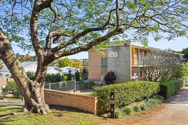 4/26 Crombie Street, Clayfield QLD 4011