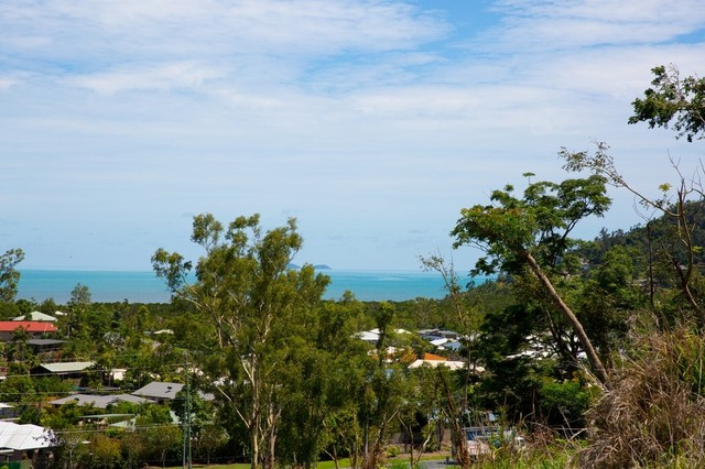 28 Wills Court, Cannonvale QLD 4802