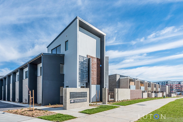 22/39 Woodberry Avenue, Coombs ACT 2611