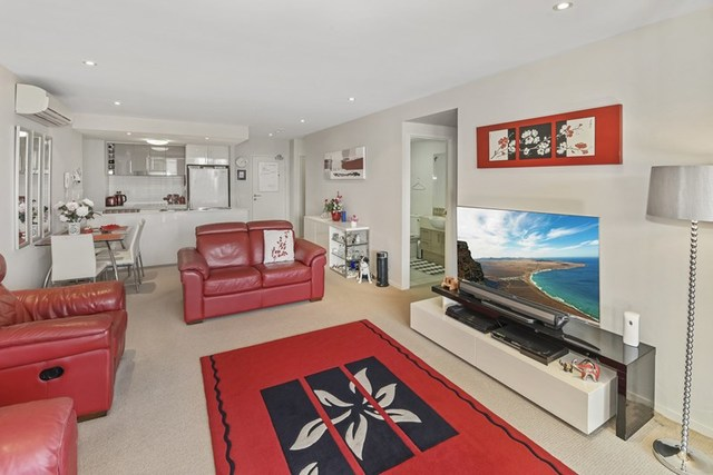 17/7 Canberra Terrace, Kings Beach QLD 4551