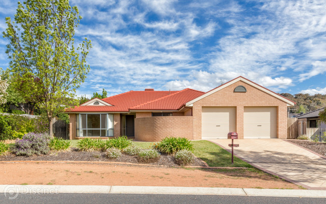 16 Ironbark Circuit, NSW 2619