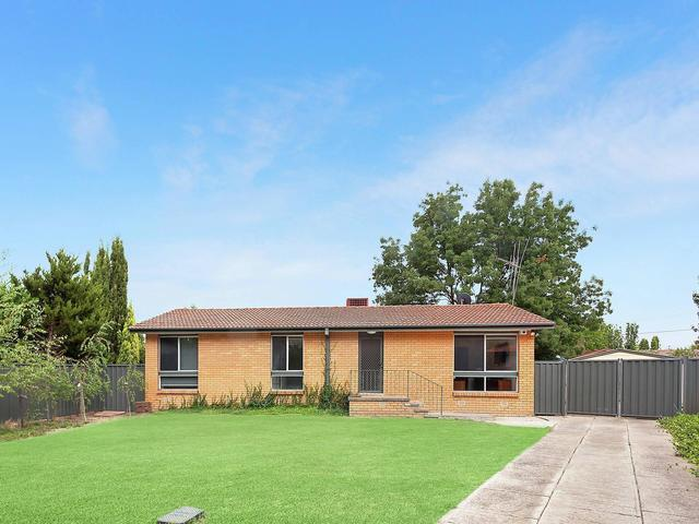 12 Hastings Court, ACT 2617