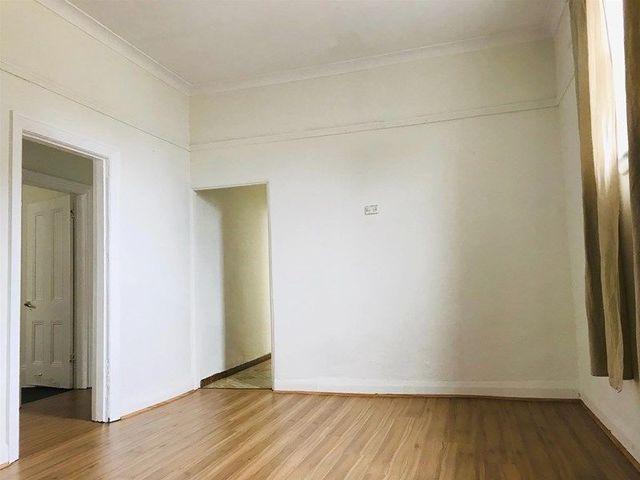 86a Samuel Street, NSW 2044