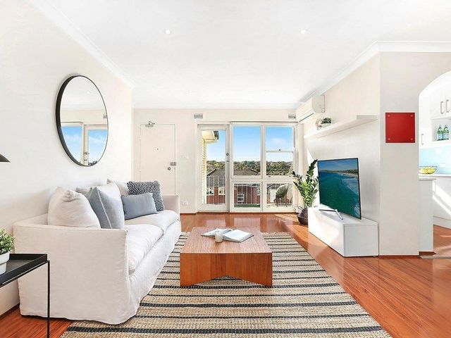 11/49 Coogee Bay Road, NSW 2031