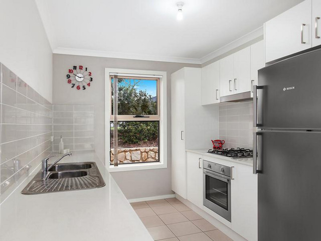 3/7 Loveday Crescent, Casey ACT 2913