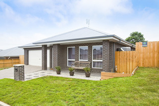 33 Darraby Drive