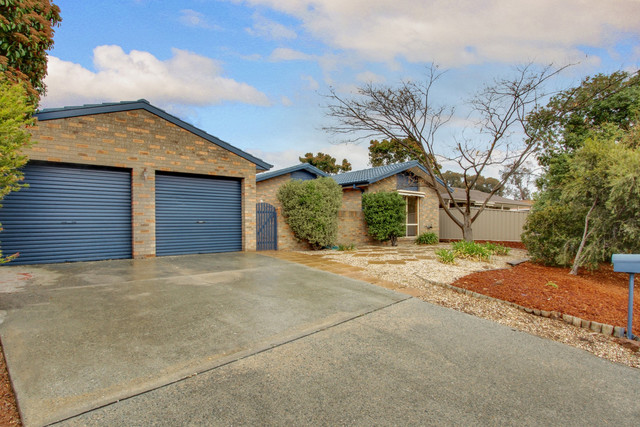 6 Conigrave Place, Bonython ACT 2905