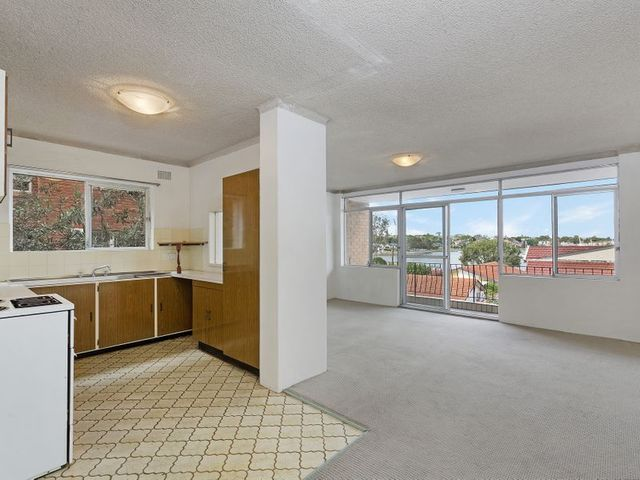 2/313 Victoria Place, NSW 2047