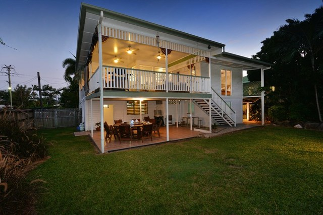 232 Woodward Street, Whitfield QLD 4870