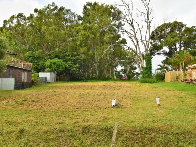9 Virginia Ave, Russell Island QLD 4184