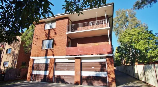 7/35 The Crescent, NSW 2140
