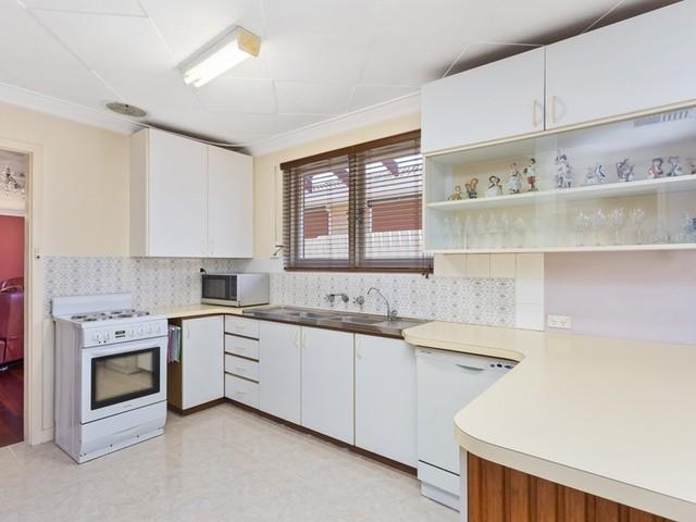 79 Hamersley Place, Morley WA 6062
