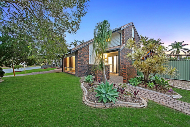 2 Langford Court, Mermaid Waters QLD 4218