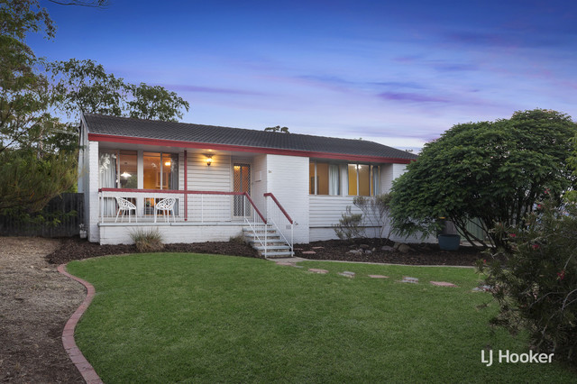 34 Baddeley Crescent, Spence ACT 2615