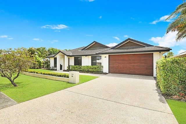 28 Oxford Pde, Pelican Waters QLD 4551