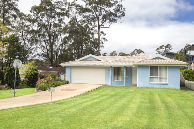 2 Hoylake Grove, Lake Conjola NSW 2539