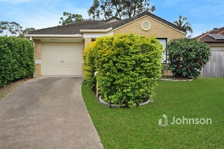 25 Oxley Place