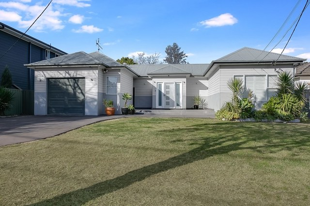 4 Penrose Crescent, South Penrith NSW 2750