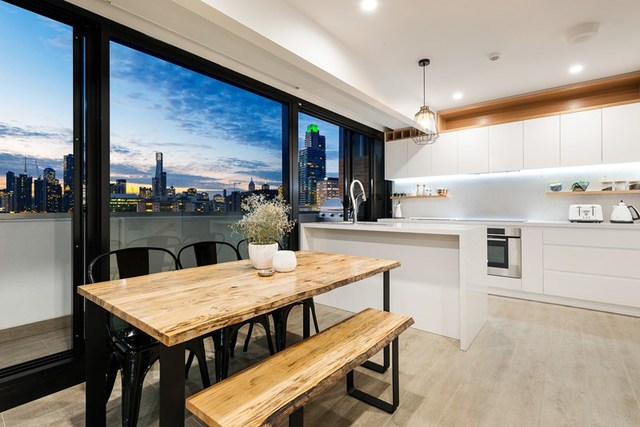901/69-71 Stead Street, South Melbourne VIC 3205