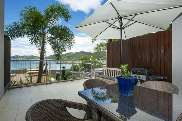 2102/146 Sooning St (Bright Point), Nelly Bay QLD 4819
